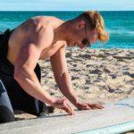 Come mettere la paraffina sulla tavola da surf
